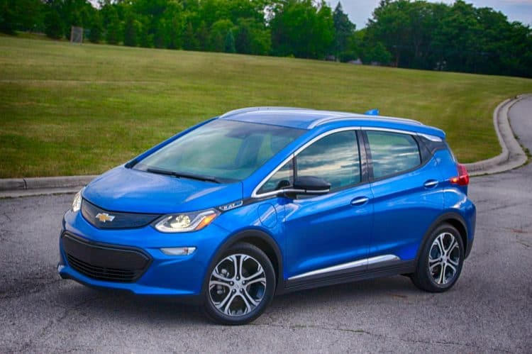 Best Small Cars 2019 - Chevrolet Bolt might just be one of the best compact cars 2019 is bringing our way
