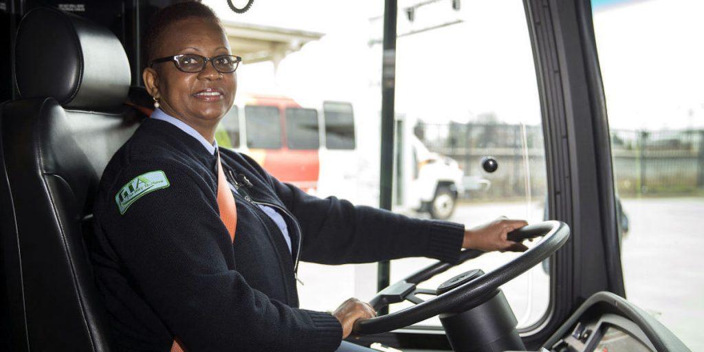 bus driver driving jobs