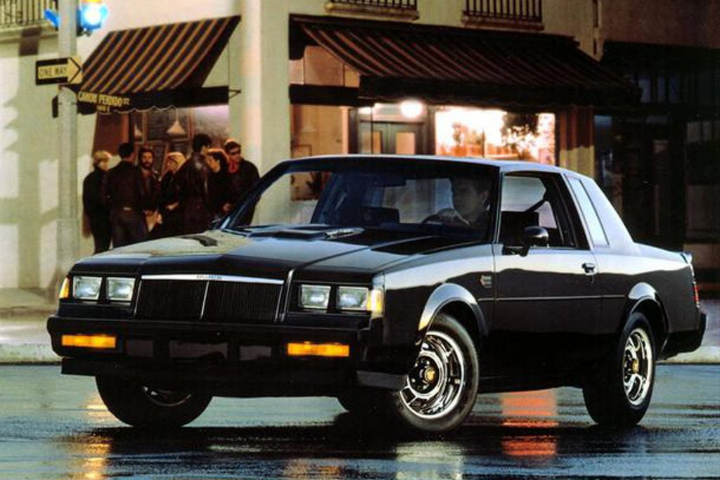 Buick Grand National Front 3/4