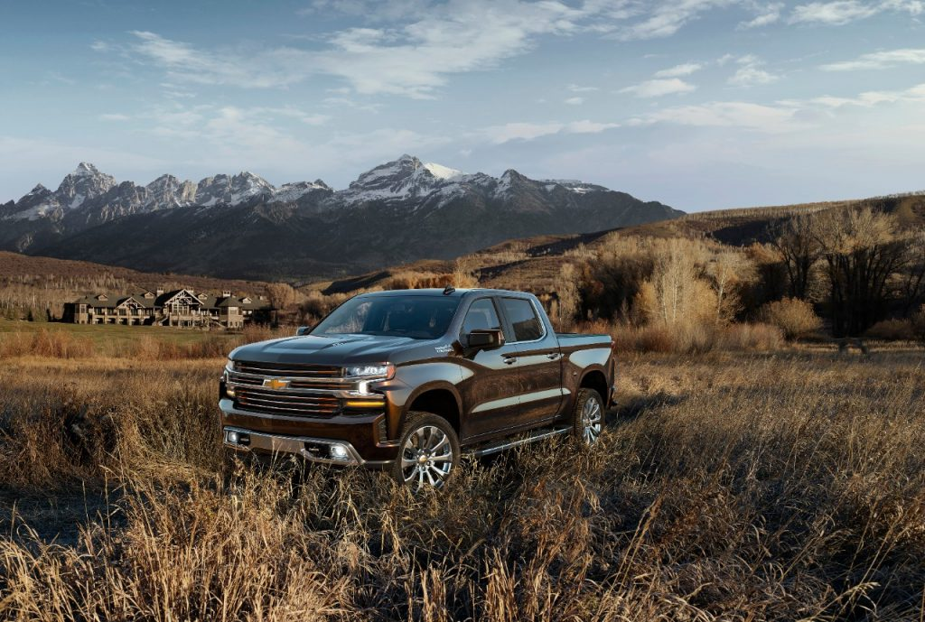 Best 2019 Trucks - 2019 Chevrolet Silverado High Country 3/4 view