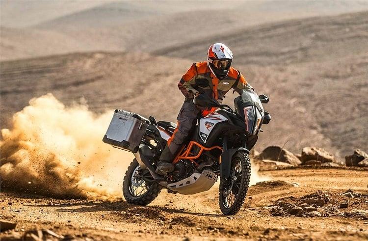 Best Dual Sport Motorcycles - KTM Super Adventure 1290 R Ride