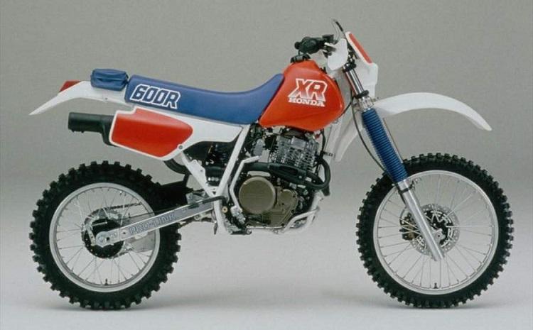 Scrambler Motorcycle - Honda XR600R