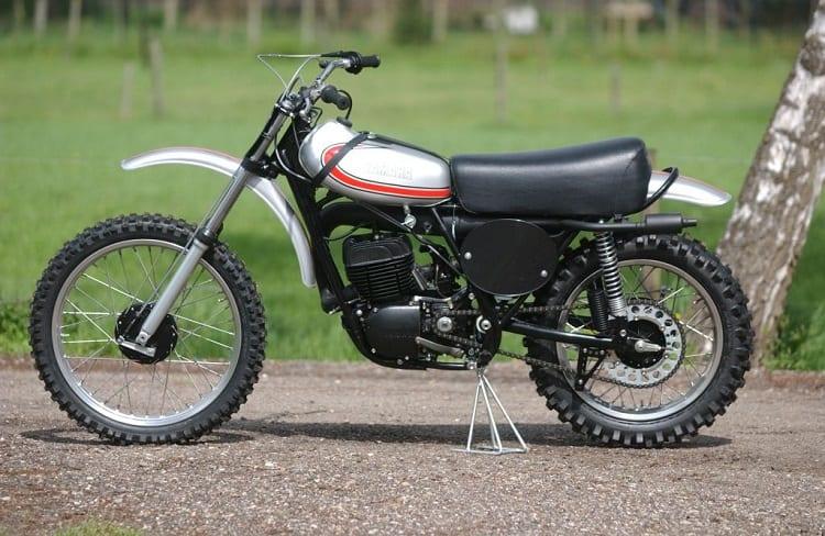 Yamaha Dirt Bikes - 1974 Yamaha YZ360