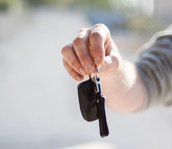 refinance - car keys