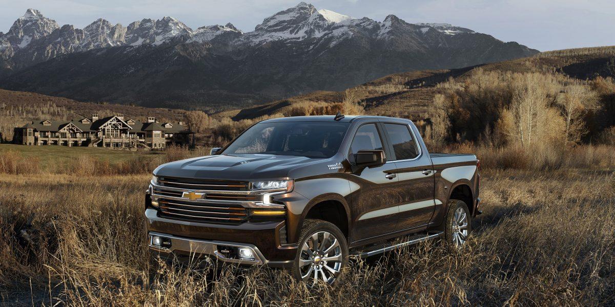 2019 Chevy Lineup - 2019 Chevrolet Silverado High Country 3/4 view