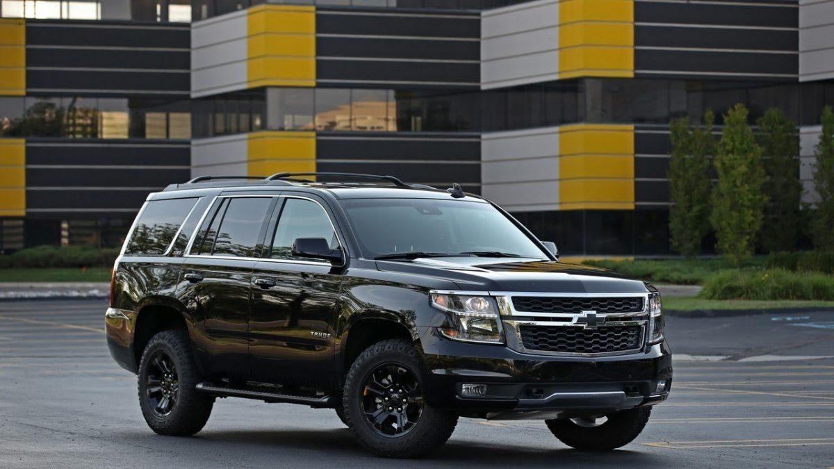 '19 Chevy Lineup - Chevrolet Tahoe 3/4 view
