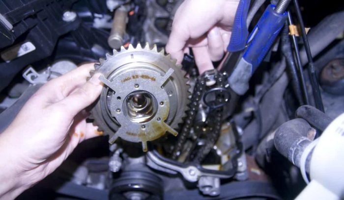 Seven Mon Problems With The Ford 54 Triton Enginerhautowise: 2006 Lincoln Navigator Engine Wiring Harness At Gmaili.net