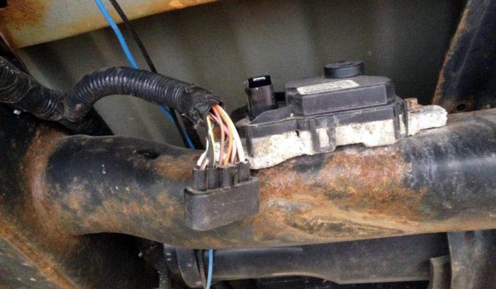 Failure Of The Fuel Pump Driver Module Ford   Triton Engine
