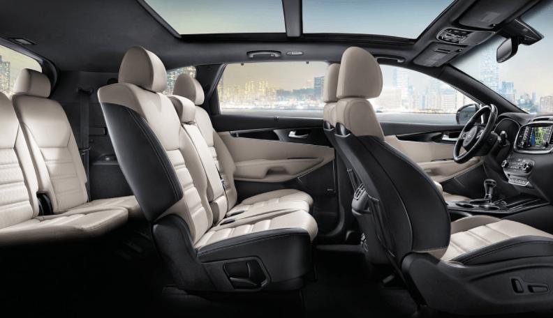 Kia Sorento interior - seating configuration
