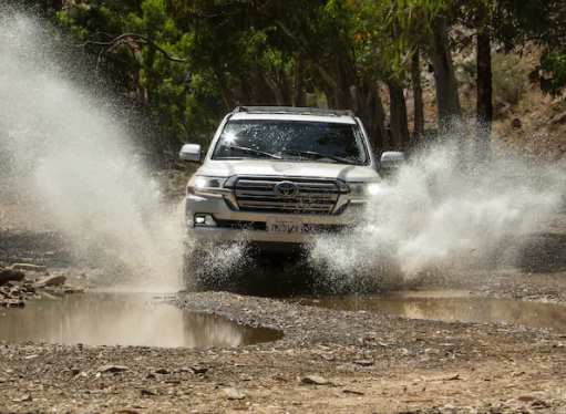 Toyota Land Cruiser goes off road