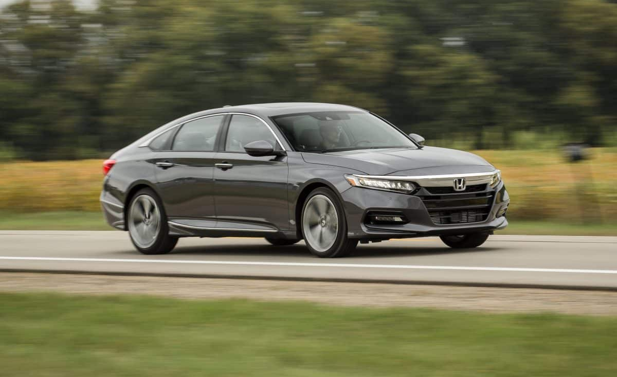 Honda 2019 - Honda Accord side view