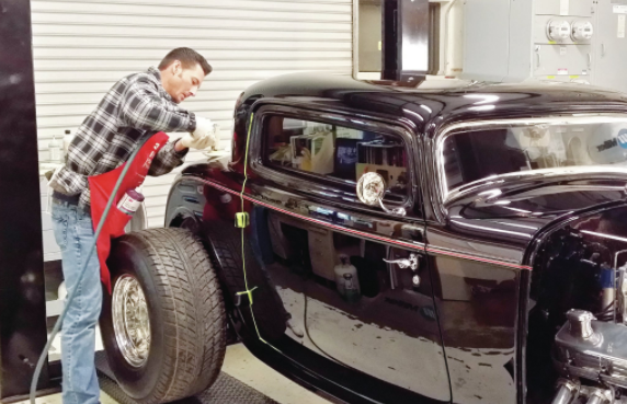 painting a classic car