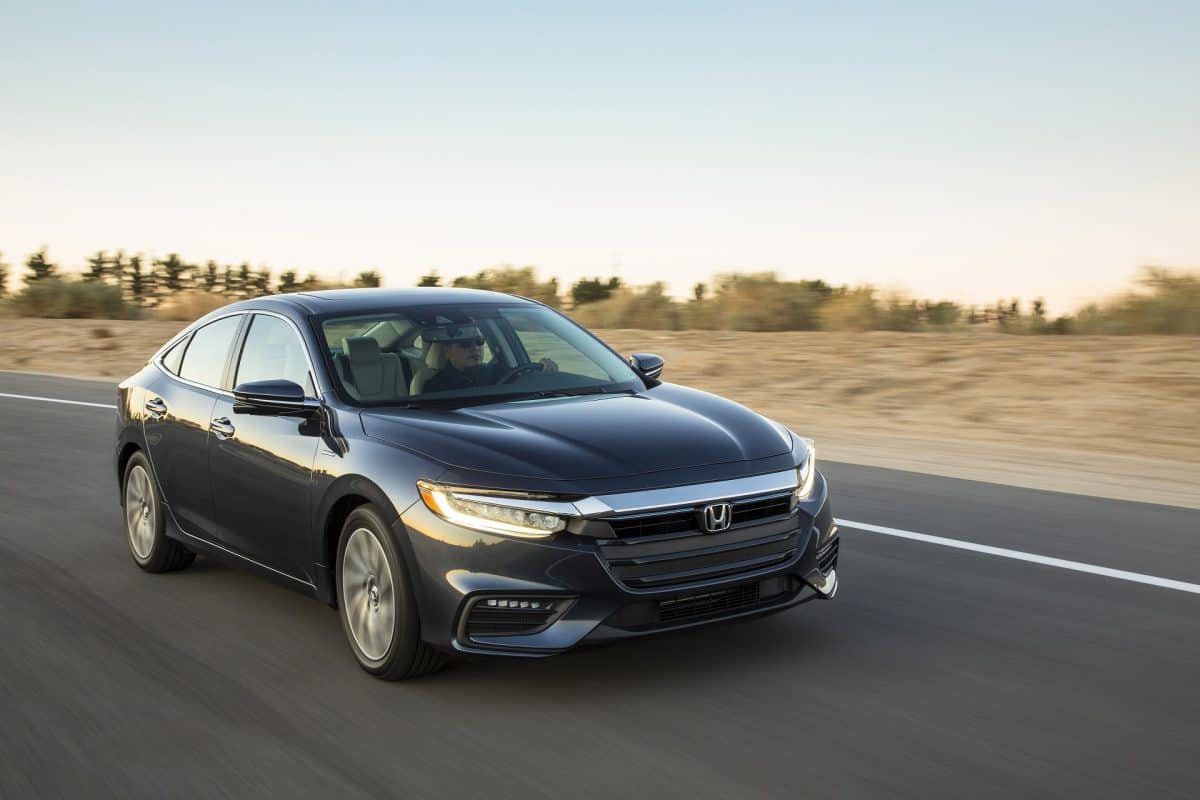 Honda 2019 - 2019 Honda Insight front 3/4 view