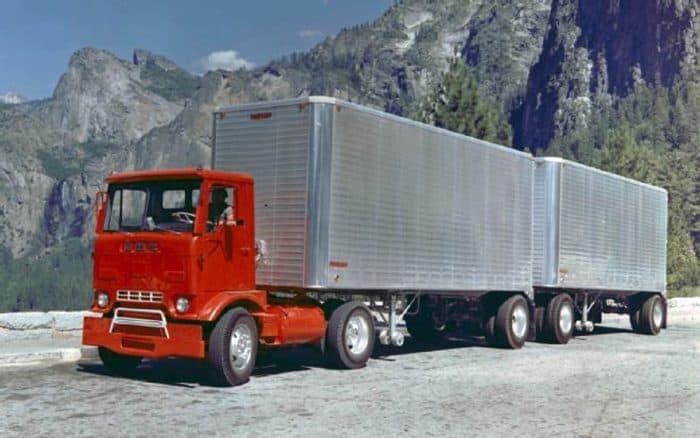 1982 kenworth k100 coe trucks