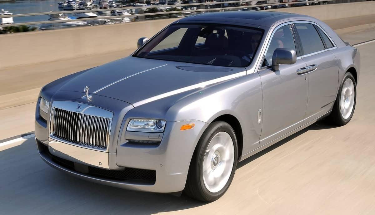 2010 Rolls-Royce Ghost - left front view