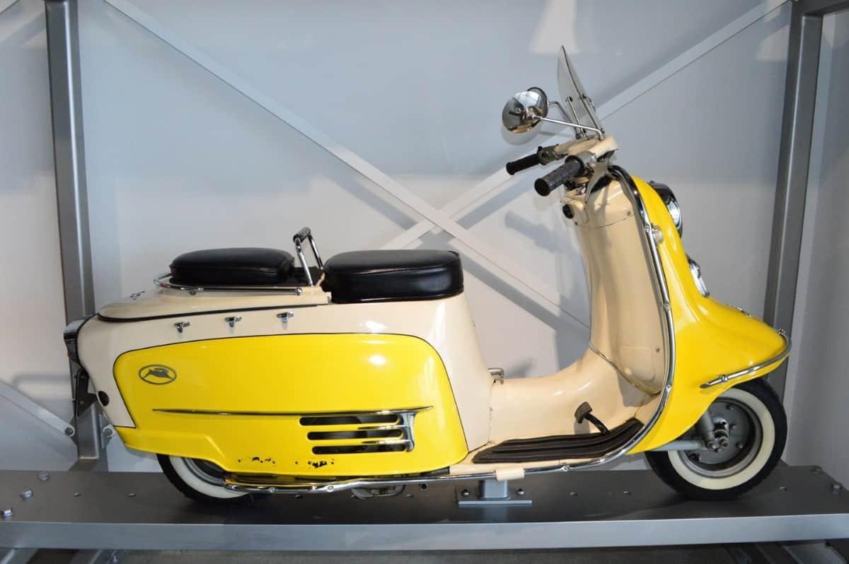 Fuji Rabbit - scooter