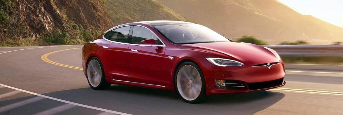 Tesla Model S - front passenger view