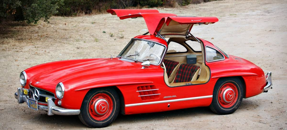 1955 Mercedes 300SL Gullwing - left side view