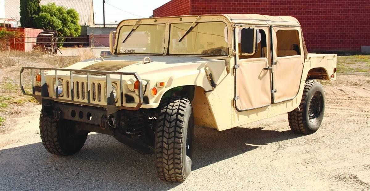 1987 AM General M998 Humvee - left front view