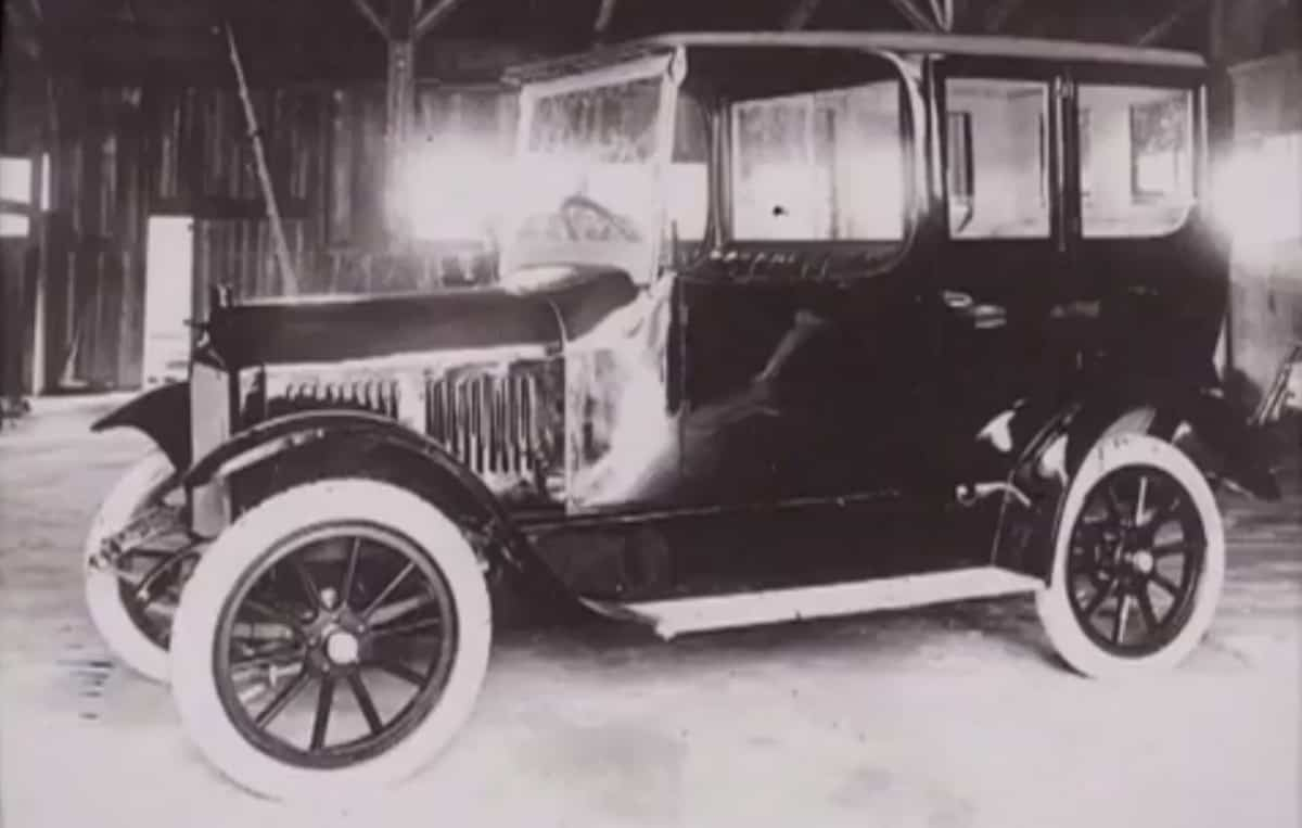 Nissan History Company Information And Fun Facts Auto Wise