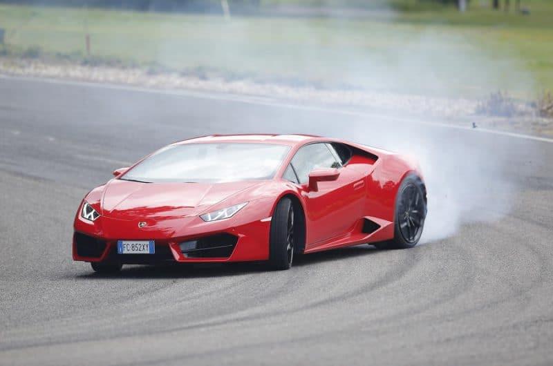 Lamborghini Huracán 580-2 3/4 view
