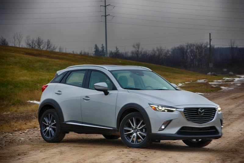 Mazda CX-3 front 3/4 view