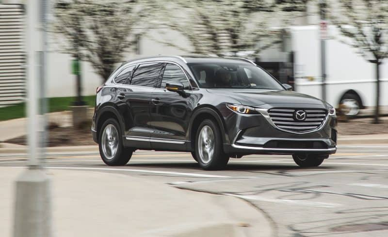 Mazda CX-9 front 3/4 view