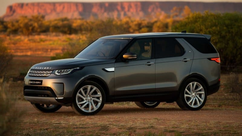 Land Rover Discovery profile view