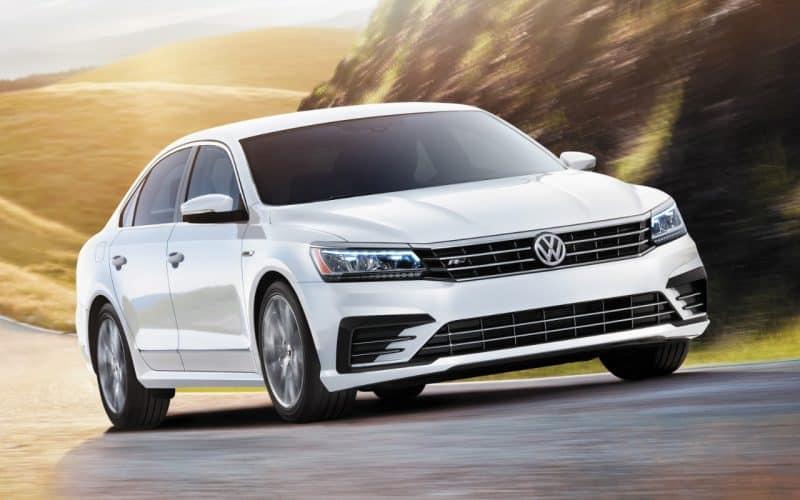 Volkswagen Passat front 3/4 view