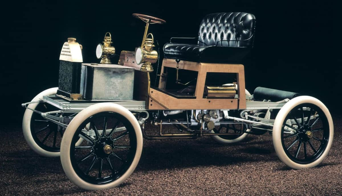 1904 Buick Model B - drivers side view