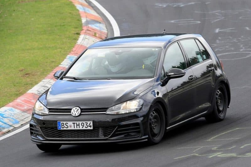 2020 Volkswagen Golf Mk8 - Nürburgring test mule wearing the Mk7 body panels