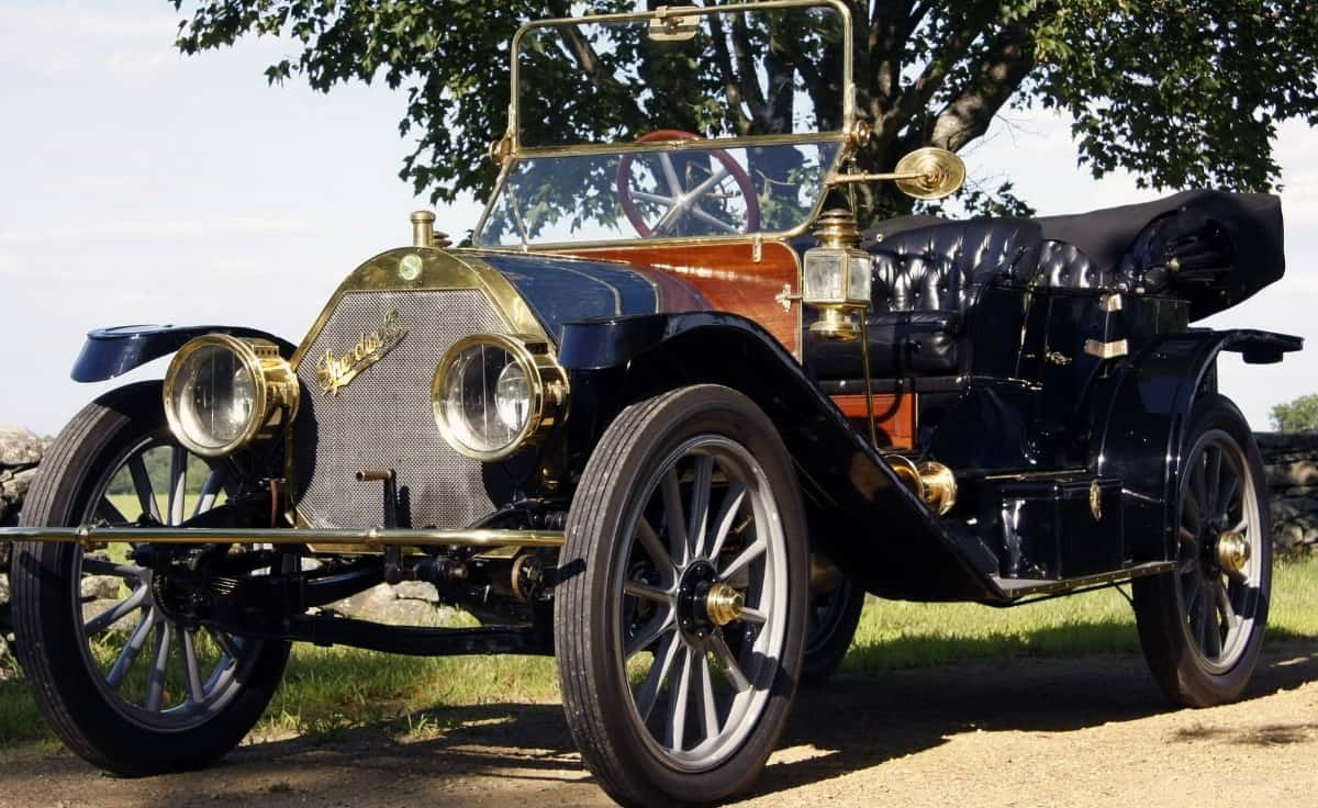 1911 Speedwell - first four-person closed car