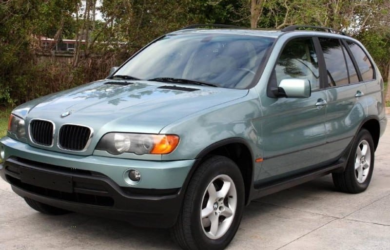 2003 BMW X5 - left front view