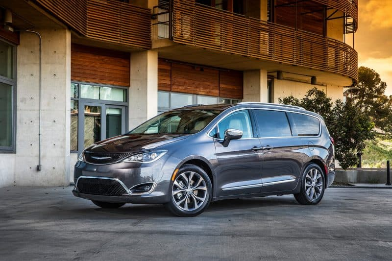 Chrysler Pacifica and Pacifica hybrid will be the best 2020 minivans on the market