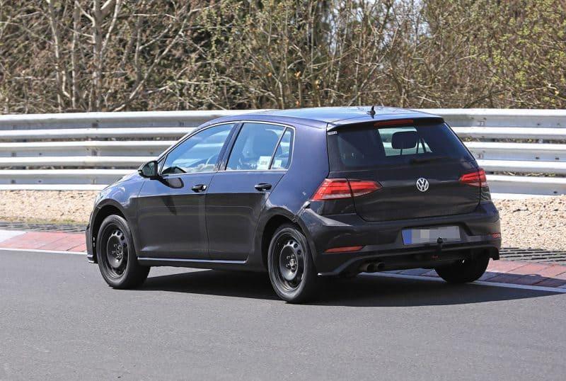 Volkswagen Golf Mk8 test mule rear 3/4 view