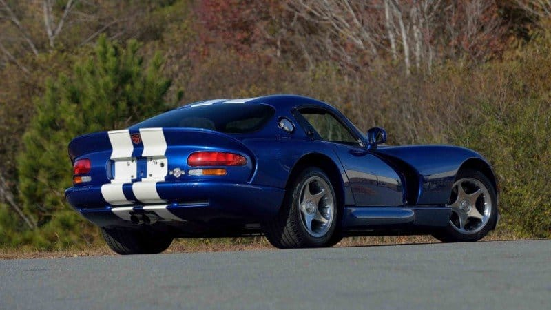 1996 Dodge Viper GTS - right rear view