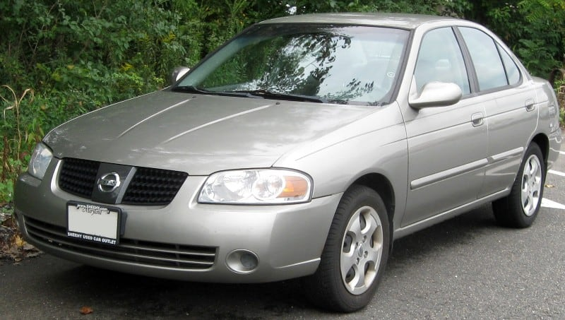 2004 Nissan Sentra - left front view