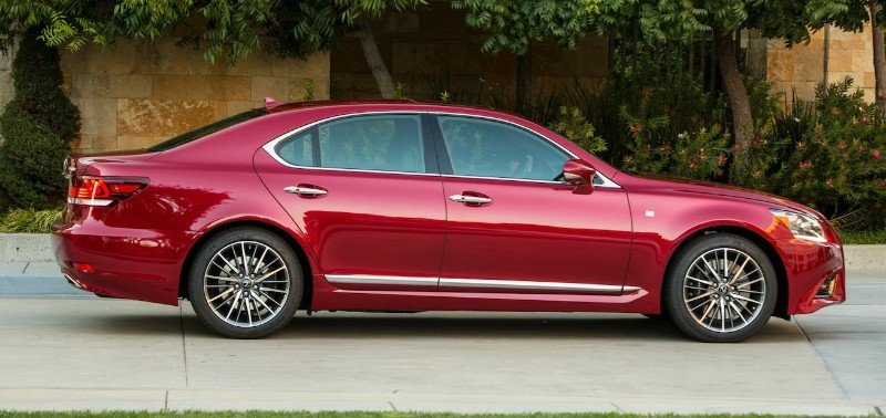 2013 Lexus LS 460 - right side view