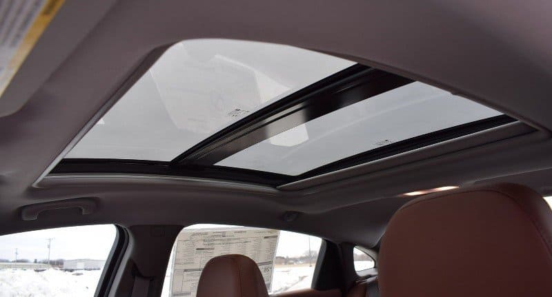 2018 Chevrolet Malibu - sunroof