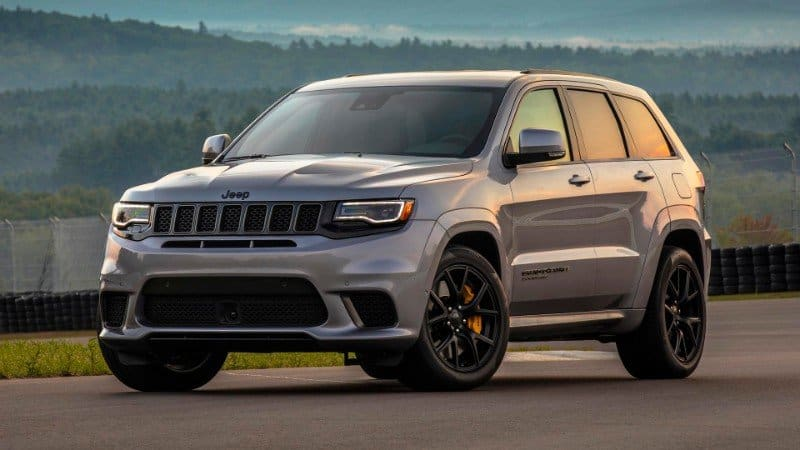 2018 Jeep Grand Cherokee Trackhawk - left front view