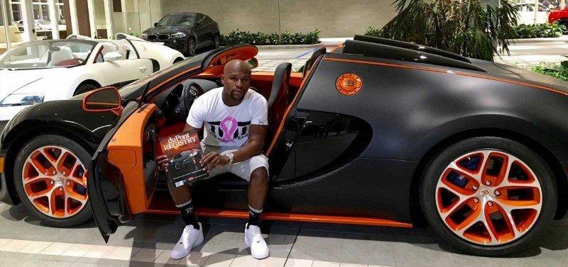 Bugatti Chiron - Floyd Mayweather sitting in car