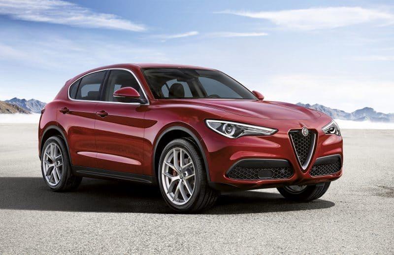Alfa Romeo Stelvio front 3/4 view