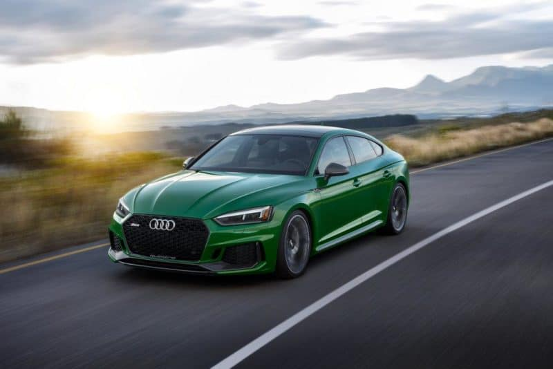Audi RS5 front 3/4 view