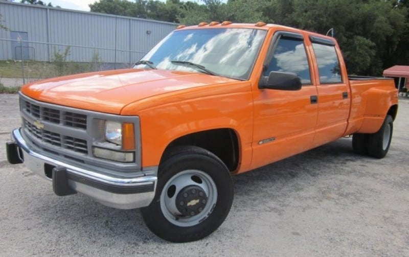 1991 Chevrolet 3500 Dually - left front view