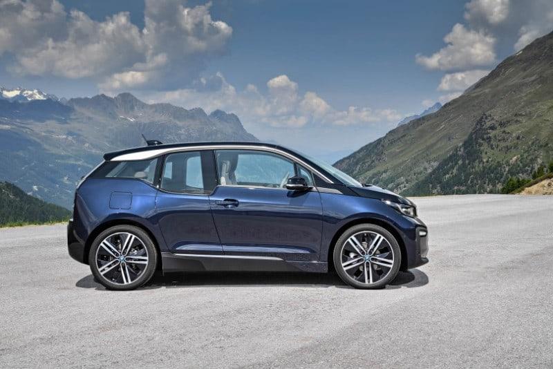 2018 BMW i3 - passenger side view