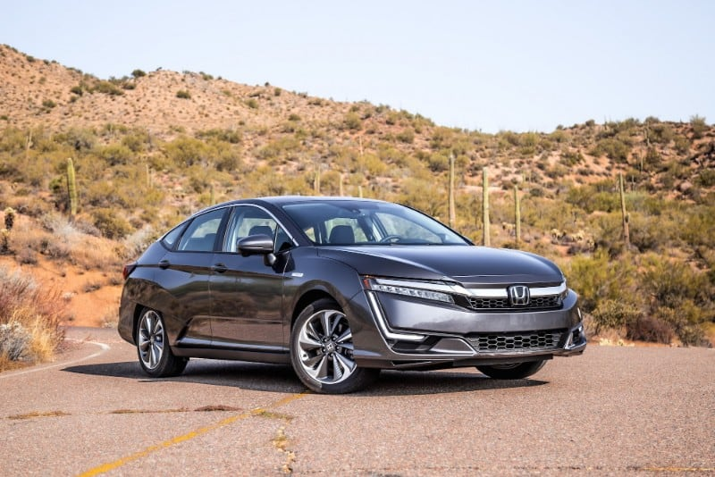 2018 Honda Clarity Electric - right front view