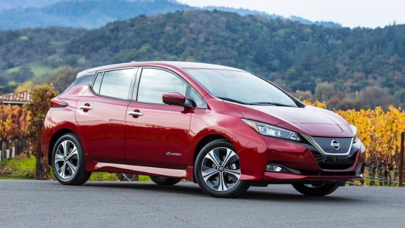2018 Nissan Leaf - right side view