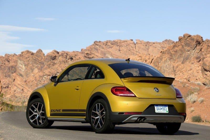 2018 Volkswagen Beetle - left side view