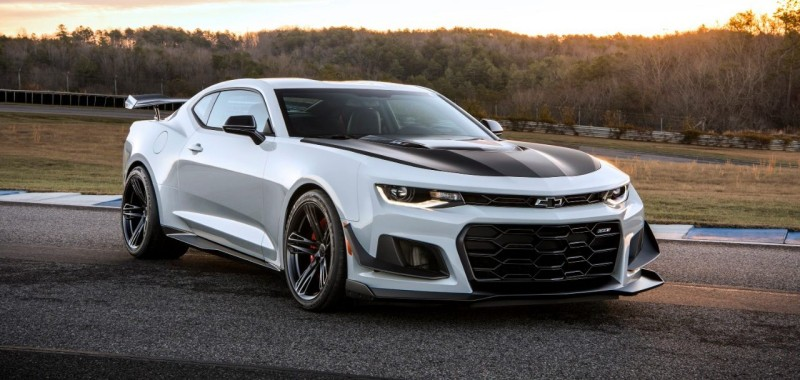 2019 Camaro ZL1 - right front view