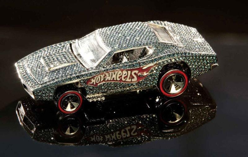 40th Anniversary Diamond Encrusted Otto